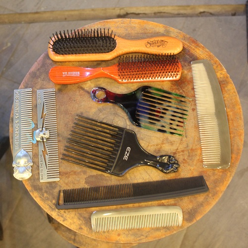 NATURAL HORN COMB (MINI)